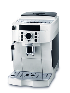 DeLonghi aparat za kafu Magnifica S