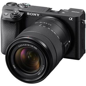Sony Alpha a6400 zoom kit sa 18-135 mm