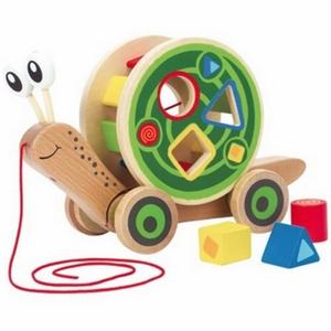 Hape Drveni puž - učimo oblike, razvijmo čula i finu motoriku