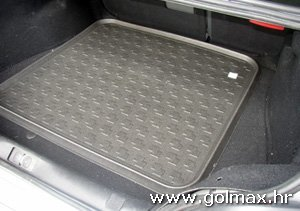 Podmetači prtljažnika vel. 4 - 900 mm x 1000 mm PVC