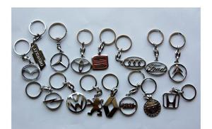 Privjesci za ključeve, metalni kromirani Seat